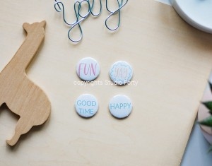 Let's party - set of 4 badges